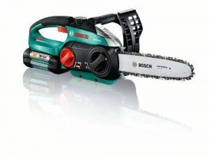 Bosch Kettensäge AKE 30 LI, Akku, Ladegerät, 80 ml Kettensägenöl, Karton (36 V, 2,6 Ah, 5,2 kg), mehrfarbig